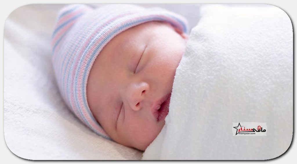 كل كم ساعه يرضع الطفل في الشهر الاول
